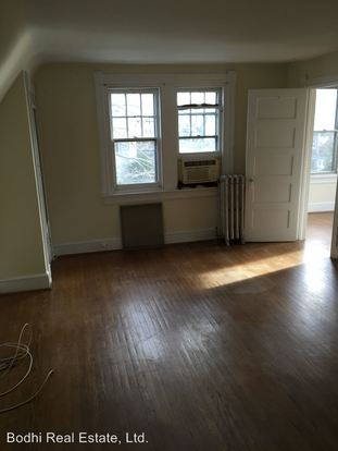 2 Bedrooms 1 Bathroom Apartment for rent at 200 Grayling Ave in Narberth, PA