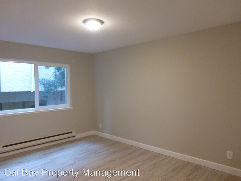 2 Bedrooms 1 Bathroom Apartment for rent at 1111 Douglas Avenue in Burlingame, CA