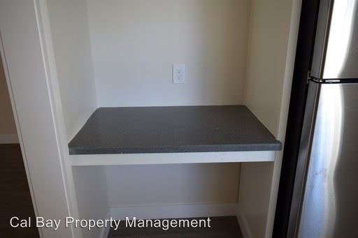1 Bedroom 1 Bathroom Apartment for rent at 530 Chestnut Street in San Carlos, CA