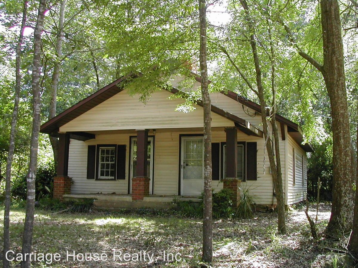 2 Bedrooms 1 Bathroom Apartment for rent at S. Milledge Ave in Athens, GA