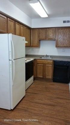 2 Bedrooms 1 Bathroom Apartment for rent at Walnut Creek Townhomes 4042 Georgetown Rd. in Blue Ash, OH
