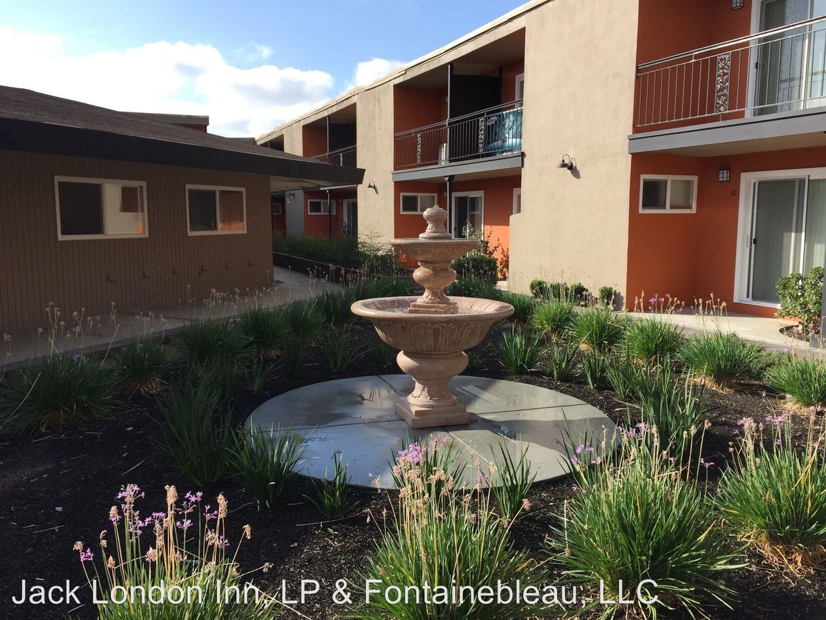 1 Bedroom 1 Bathroom Apartment for rent at 20353 Park Way in Castro Valley, CA