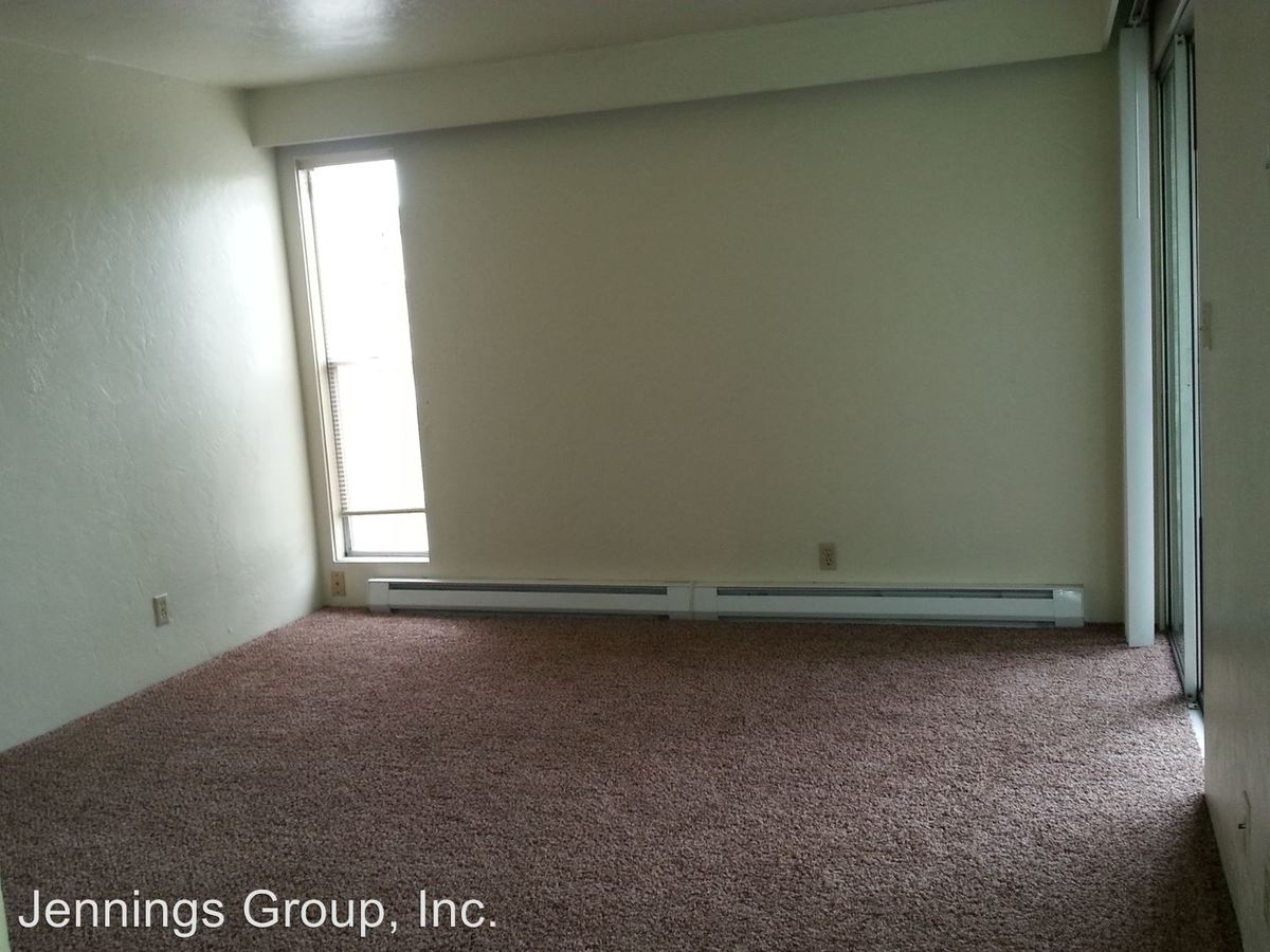 2 Bedrooms 1 Bathroom Apartment for rent at 1711 Patterson Street (cascadia) #1-8 in Eugene, OR