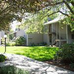 3 Bedrooms 1 Bathroom Apartment for rent at The Kentfield Apartments 601 Country Club Road in Eugene, OR