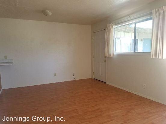 1 Bedroom 1 Bathroom Apartment for rent at 2954/2956/2960/2964 Willamette Street in Eugene, OR