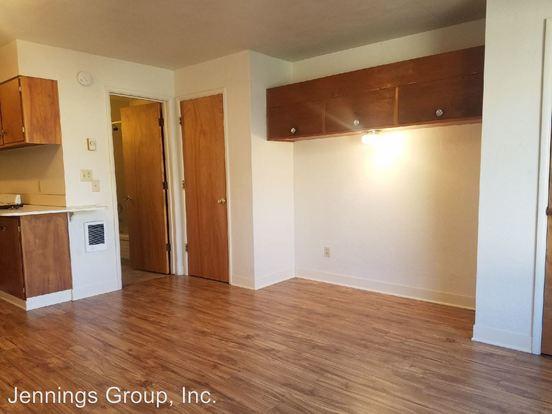 Studio 1 Bathroom Apartment for rent at 2954/2956/2960/2964 Willamette Street in Eugene, OR