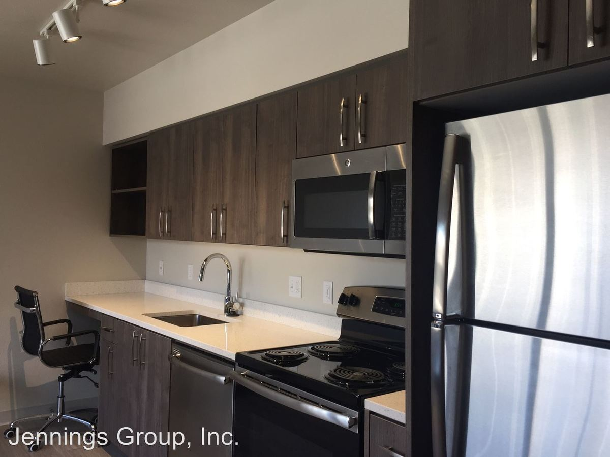 Studio 1 Bathroom Apartment for rent at 1965 E 15th Ave #100-440 in Eugene, OR