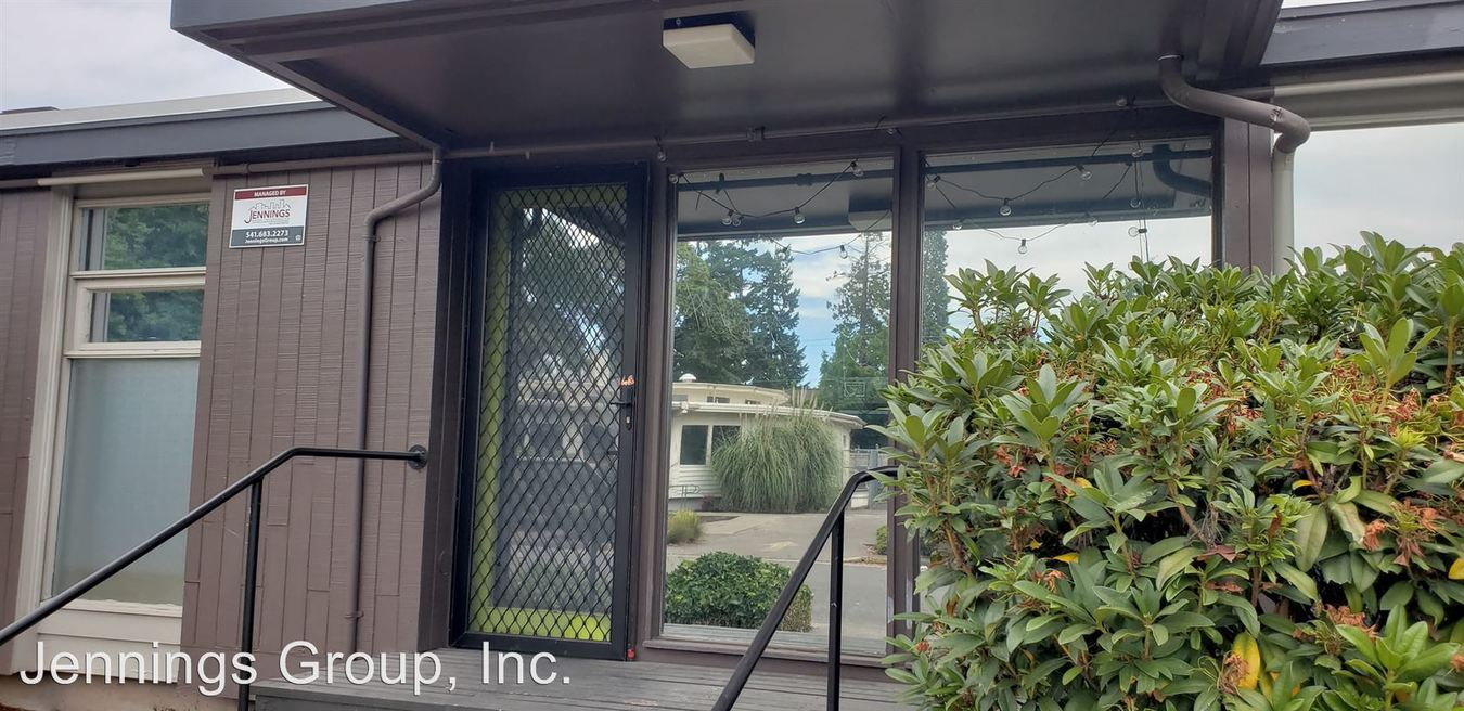 3 Bedrooms 1 Bathroom Apartment for rent at 1405 Mill Street & 410 East 14th Ave #1-09 in Eugene, OR