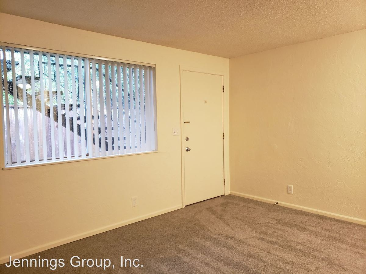 1 Bedroom 1 Bathroom Apartment for rent at 550 East 14th Ave in Eugene, OR
