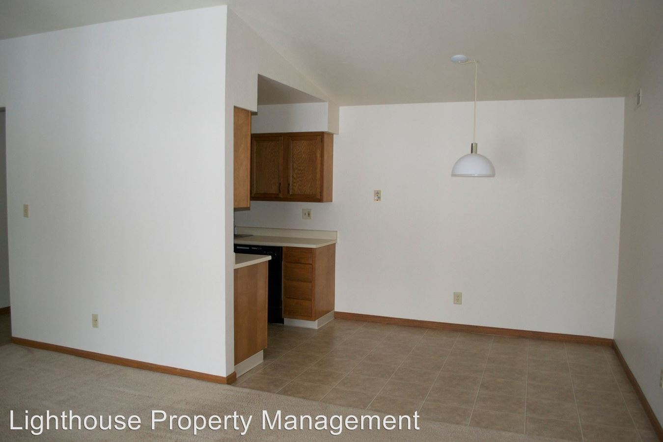 2 Bedrooms 1 Bathroom Apartment for rent at 532 Mill Street in Wayland, MI