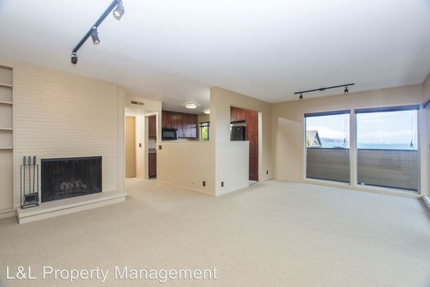 2 Bedrooms 2 Bathrooms Apartment for rent at 212 Richardson Street in Sausalito, CA