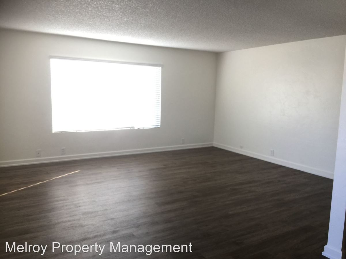 2 Bedrooms 1 Bathroom Apartment for rent at 4433 Montalvo St in San Diego, CA
