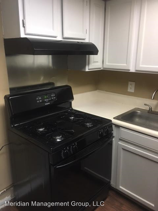 2 Bedrooms 2 Bathrooms Apartment for rent at 2823 Misty Waters Dr in Decatur, GA