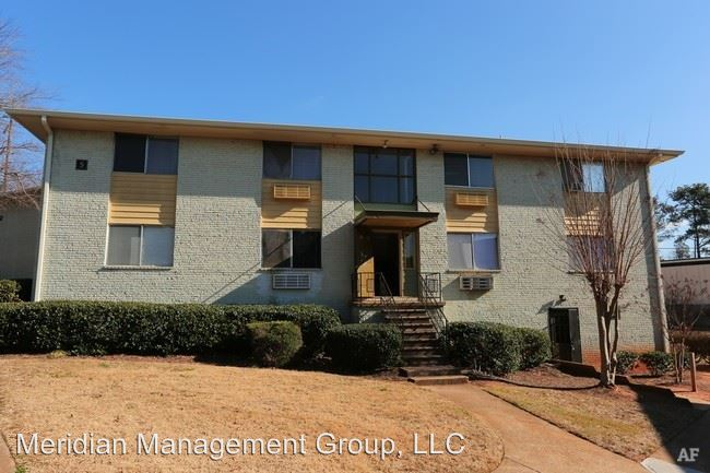 2 Bedrooms 1 Bathroom Apartment for rent at 4015 Covington Hwy in Decatur, GA