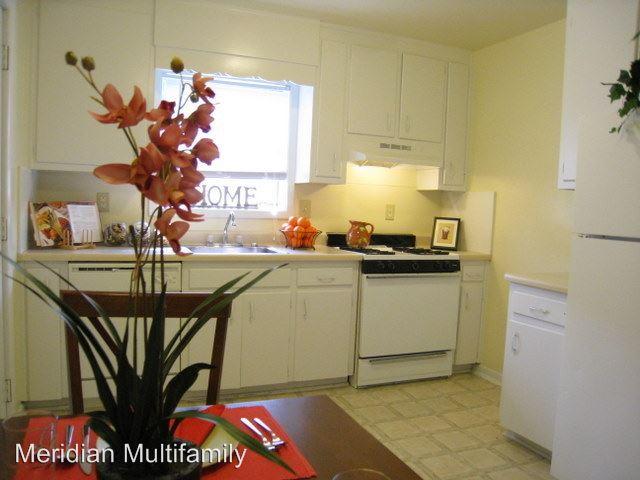 3 Bedrooms 2 Bathrooms Apartment for rent at 3073 Washington Road in Atlanta, GA