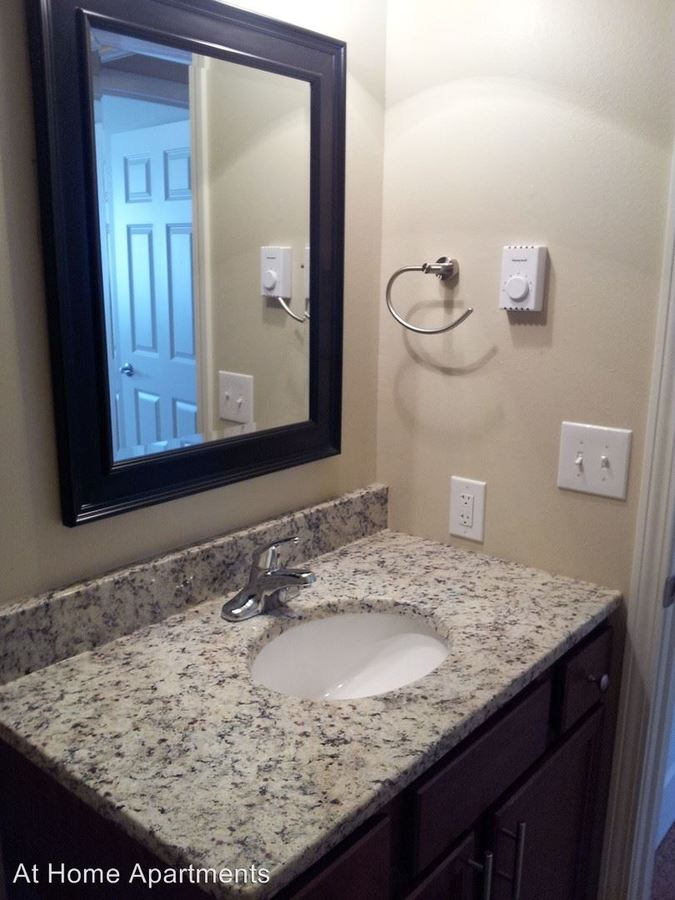 1 Bedroom 1 Bathroom Apartment for rent at 14600 Shannon Pkwy in Rosemount, MN