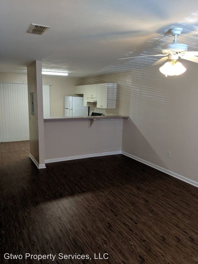 2 Bedrooms 2 Bathrooms Apartment for rent at 132 Dixie Drive in Tallahassee, FL