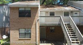 Similar Apartment at 1101 Greentree Ct