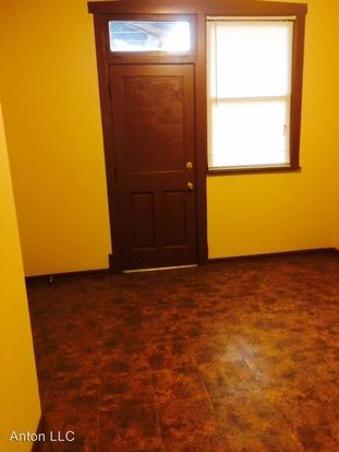 1 Bedroom 1 Bathroom Apartment for rent at 6600 S Maplewood Ave in Chicago, IL