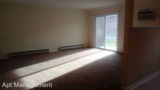 2 Bedrooms 1 Bathroom Apartment for rent at 501 Lawrence Rd in Broomall, PA