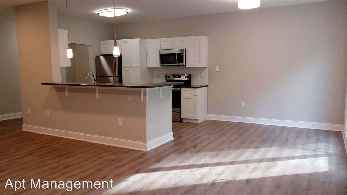 3 Bedrooms 2 Bathrooms Apartment for rent at 313 Creek Drive in Radnor, PA