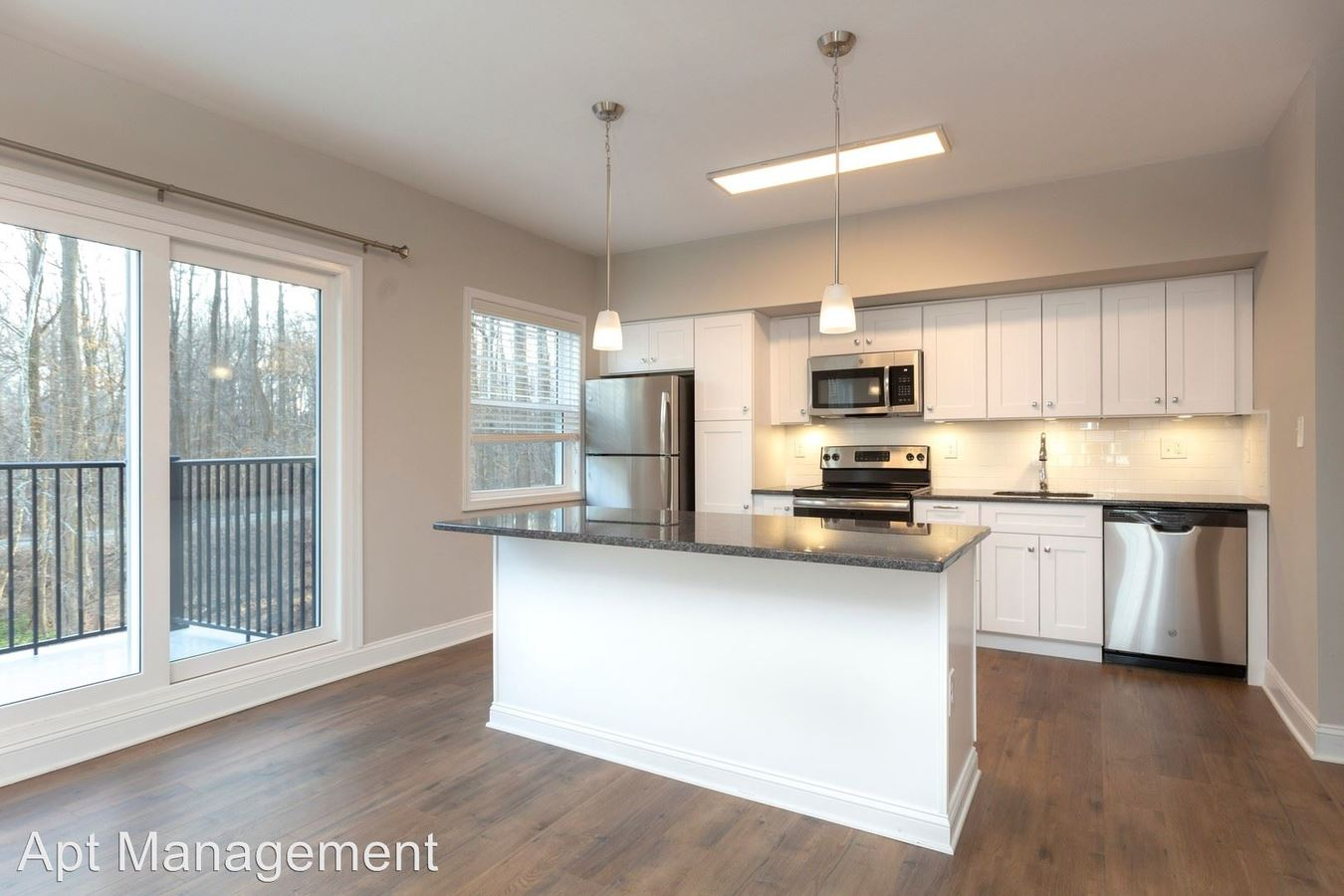 2 Bedrooms 2 Bathrooms Apartment for rent at 313 Creek Drive in Radnor, PA
