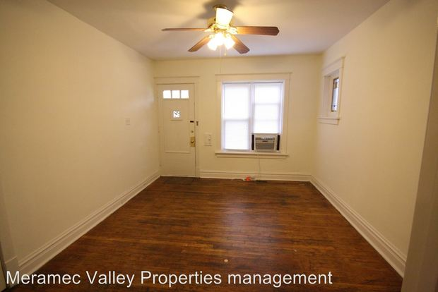 2 Bedrooms 1 Bathroom Apartment for rent at 4234 36 Lawn Ave in St Louis, MO