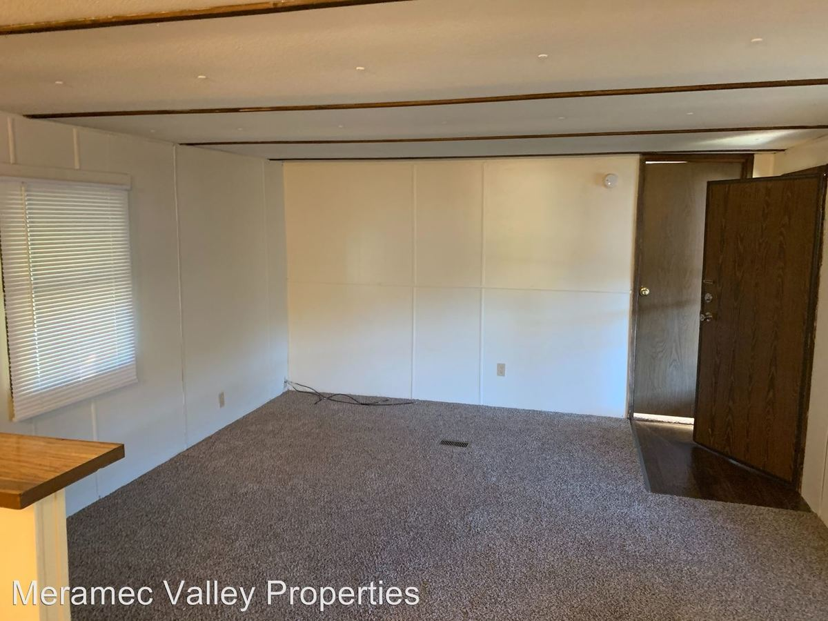 2 Bedrooms 1 Bathroom Apartment for rent at Sycamore Green Acres in Dittmer, MO