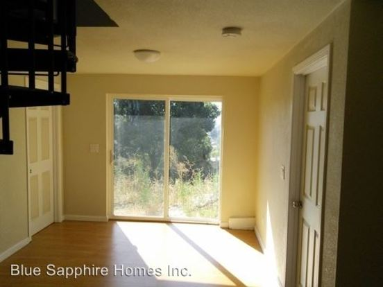 2 Bedrooms 1 Bathroom Apartment for rent at 8925 Lawlor St in Oakland, CA