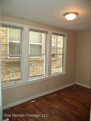 5 Bedrooms 1 Bathroom Apartment for rent at 8720 S. May St. in Chicago, IL