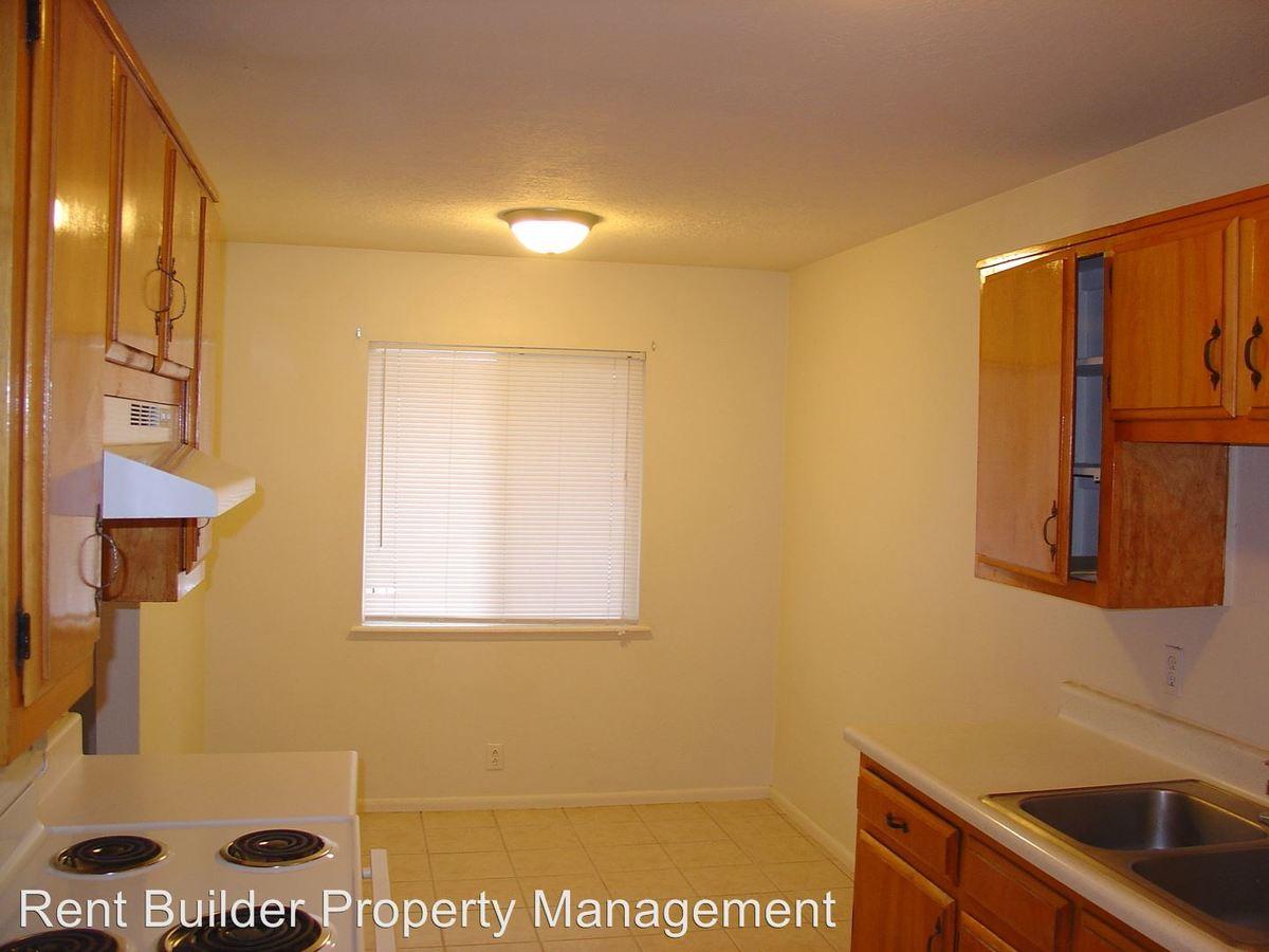 1 Bedroom 1 Bathroom Apartment for rent at 205 Vassar Drive Se in Albuquerque, NM