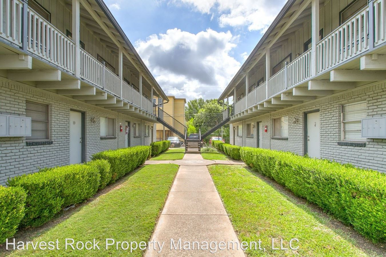 1 Bedroom 1 Bathroom Apartment for rent at 3125 S University Drive in Fort Worth, TX