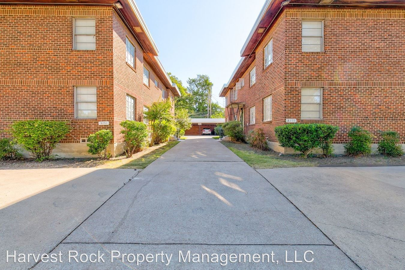 1 Bedroom 1 Bathroom Apartment for rent at 3255 University in Fort Worth, TX