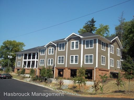 4 Bedrooms 2 Bathrooms Apartment for rent at Gordon Ave & 17th St in Charlottesville, VA