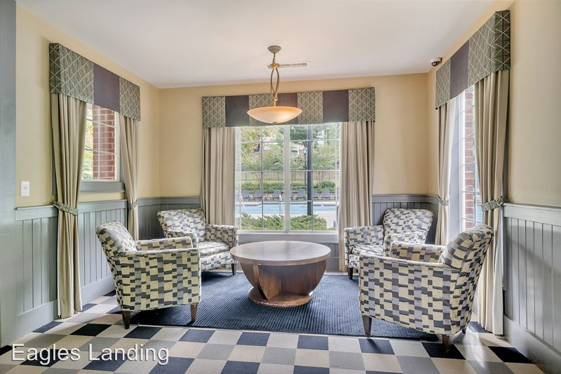 1 Bedroom 1 Bathroom Apartment for rent at 100 Yellowstone Drive in Charlottesville, VA