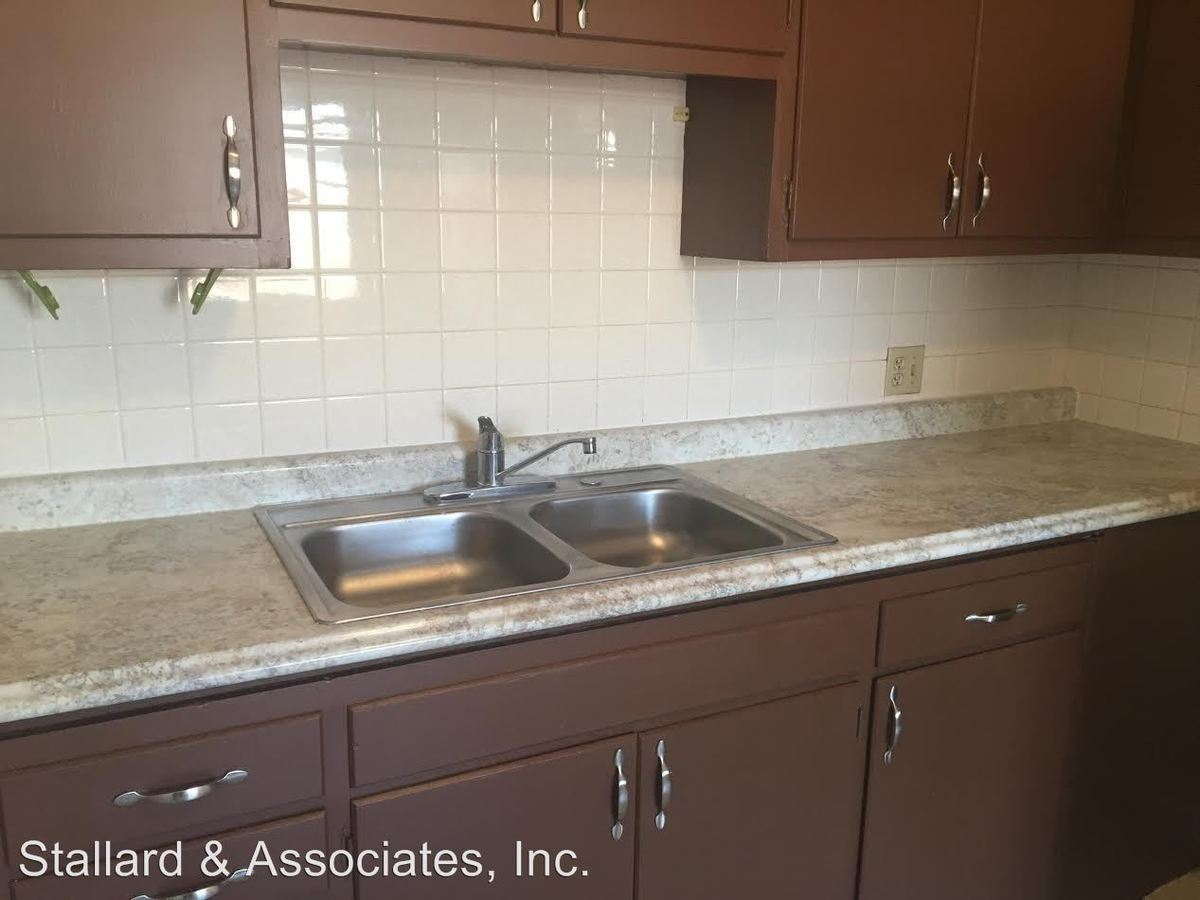 Studio 1 Bathroom Apartment for rent at 920 E Markwood Avenue in Indianapolis, IN