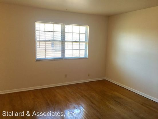 2 Bedrooms 1 Bathroom Apartment for rent at Markwood Associates, Llc (170) 920 E. Markwood Avenue in Indianapolis, IN