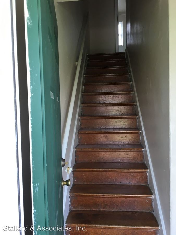 2 Bedrooms 1 Bathroom Apartment for rent at 2469 S Dawson Street in Indianapolis, IN