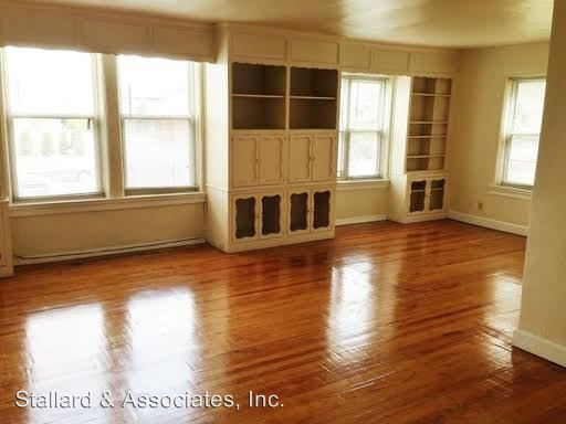 2 Bedrooms 1 Bathroom Apartment for rent at 57 E 38 Th Street, Barrington Apartments in Indianapolis, IN