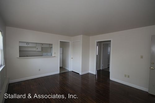 2 Bedrooms 1 Bathroom Apartment for rent at 29 S Audubon Road in Indianapolis, IN