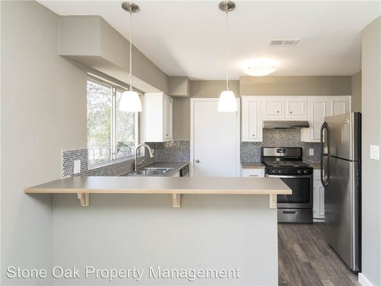 3 Bedrooms 2 Bathrooms Apartment for rent at 800 Sahara Ave in Austin, TX
