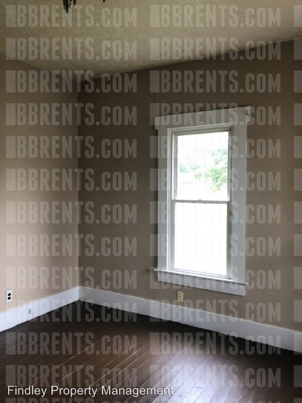 2 Bedrooms 2 Bathrooms Apartment for rent at 1503 Smith Avenue, in Middletown, OH