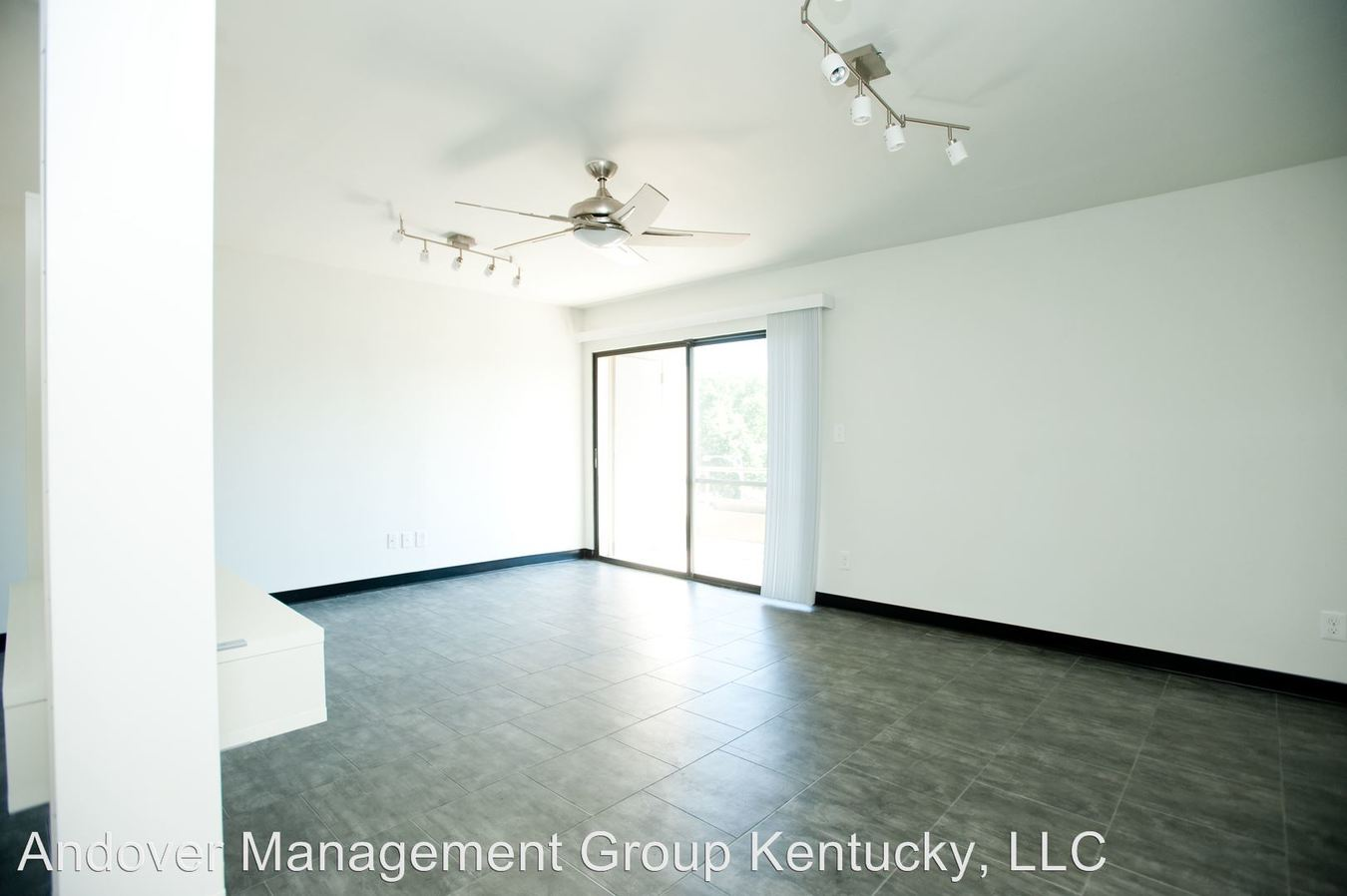1 Bedroom 1 Bathroom Apartment for rent at 358 Duke Road in Lexington, KY