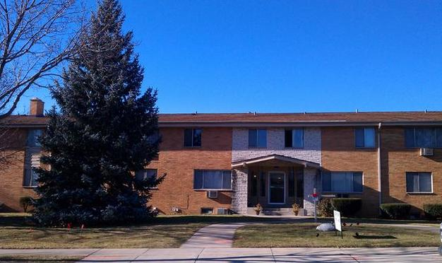 2 Bedrooms 1 Bathroom Apartment for rent at 5101-37 N Lovers Lane Rd in Milwaukee, WI
