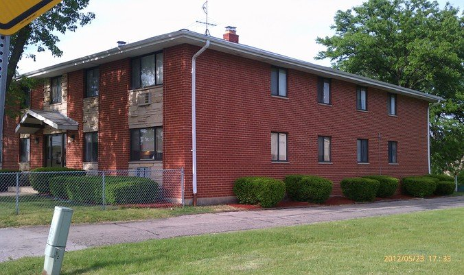 2 Bedrooms 1 Bathroom Apartment for rent at 5350 N Lovers Lane Rd in Milwaukee, WI