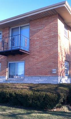 3 Bedrooms 1 Bathroom Apartment for rent at 5316 N Lovers Lane Rd in Milwaukee, WI