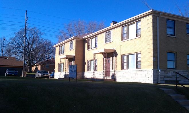 2 Bedrooms 1 Bathroom Apartment for rent at 3731-61 N 76th St in Milwaukee, WI