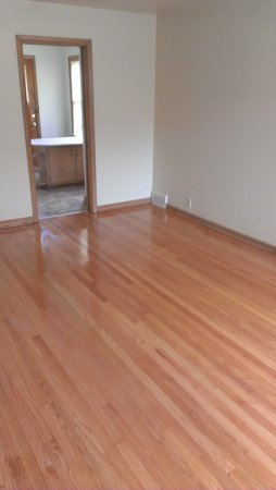 Studio 1 Bathroom Apartment for rent at 6609-19 W Lisbon Ave in Milwaukee, WI
