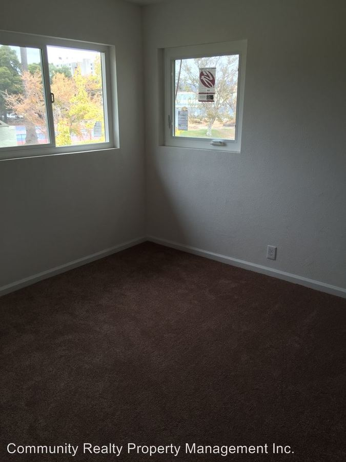 2 Bedrooms 1 Bathroom Apartment for rent at 1015 12th St in Oakland, CA