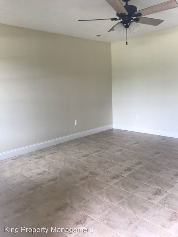 2 Bedrooms 1 Bathroom Apartment for rent at 38 Coker's Way in Anniston, AL
